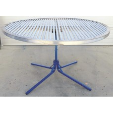 6' Revolving Skirting Table