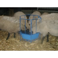 Sectional Feeder w/Poly Tub